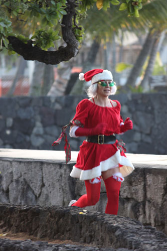 jingle-bell-beach-run-costume-h